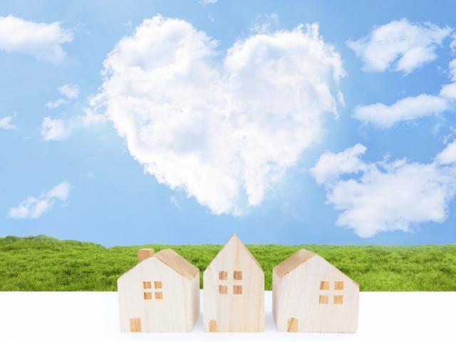 ハートの雲と家